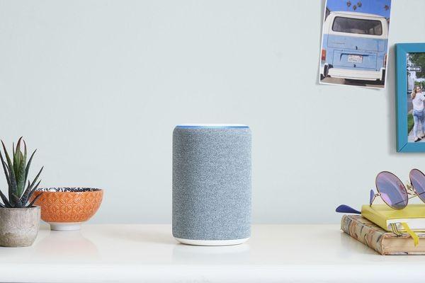 Amazon встраивает ассистента Alexa в очки, кольца и микроволновки