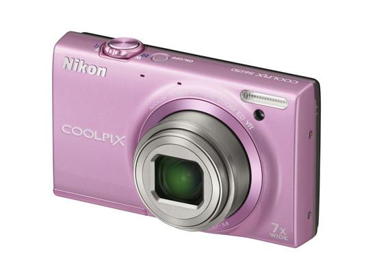 Яркие камеры от Nikon на любой вкус и кошелек