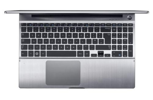 Samsung Series 7 Chronos – красивый ноутбук в металлическом корпусе