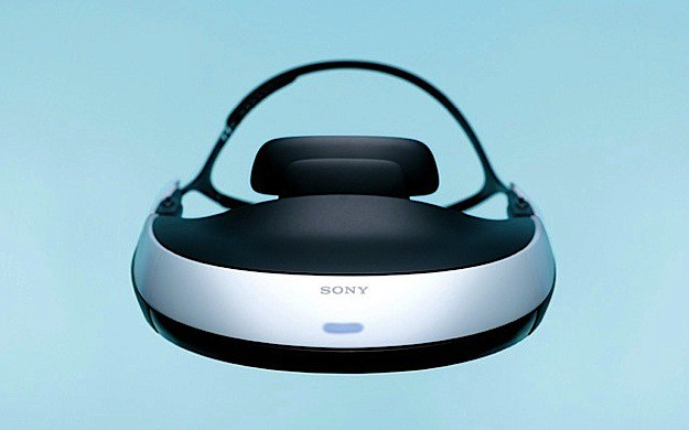 Персональный «3D-кинотеатр» Sony HMZ-T1 с OLED-экранами