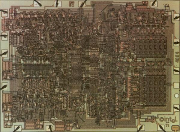 40 лет назад был создан первый в мире микропроцессор Intel 4004