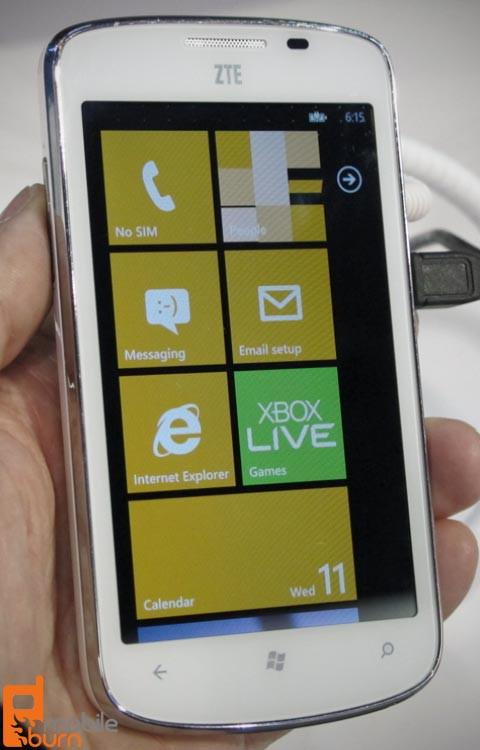 ZTE Tania – простенький смартфон на Windows Phone