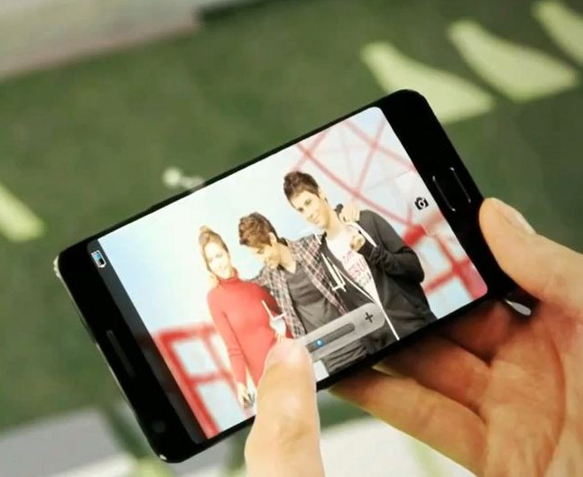 В видеоролике Samsung засветился Galaxy S III?