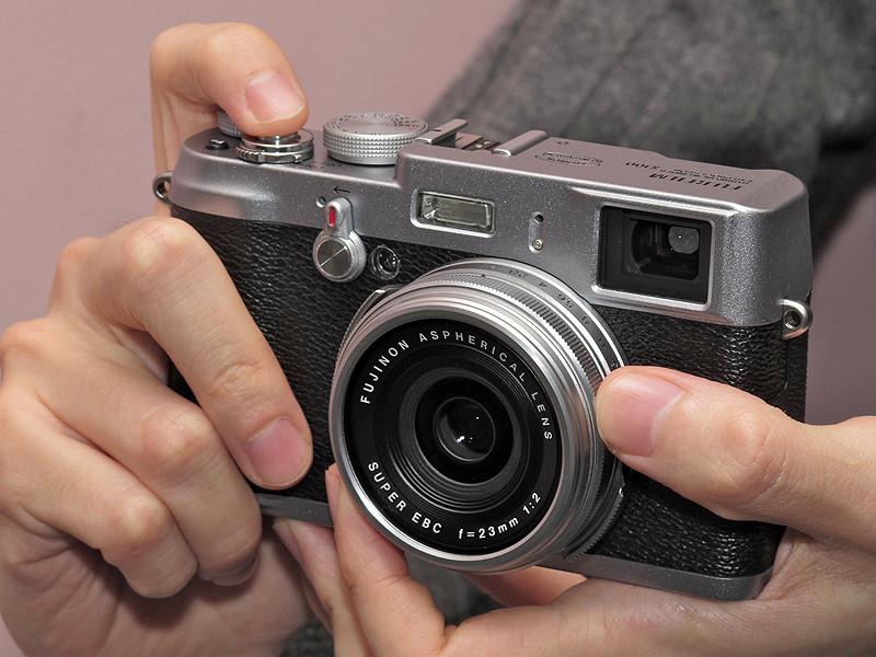 Stuff-обзор: Fujifilm FinePix X100 - современная классика