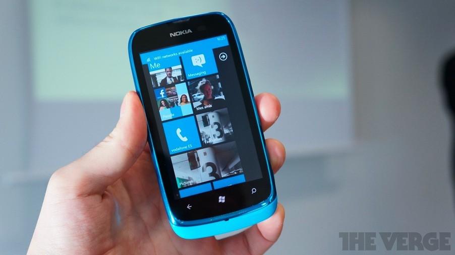 Nokia Lumia 610: первый смартфон на базе Windows Phone Tango, всего за 190 евро