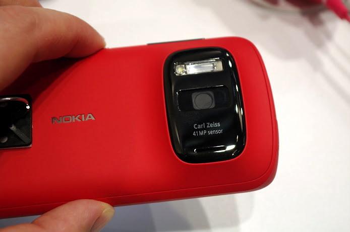 Nokia 808 PureView: «живые» фото