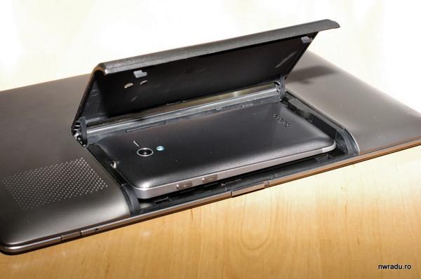 Поразительное устройство «3-в-1» ASUS PadFone выходит в продажу в апреле