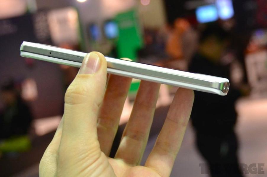 K-Touch Treasure V8  - неанонсированный смартфон на Nvidia Tegra 3