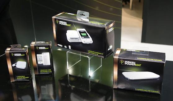 Duracell Powermat – беспроводное зарядное устройство в действии