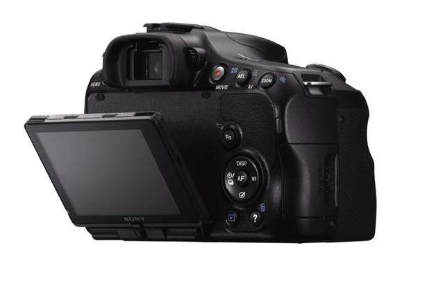 Бюджетная «зеркалка» Sony Alpha SLT-A57 выходит в продажу в апреле