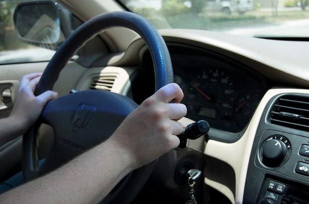 Создается руль, вибрациями указывающий водителю дорогу