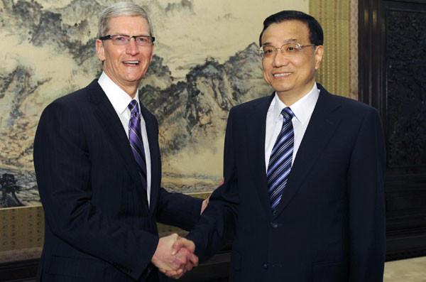 Вице-премьер Китая попросил главу Apple заботиться о рабочих и пообещал не нарушать авторские права
