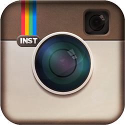 Facebook приобрела Instagram за $1 млрд