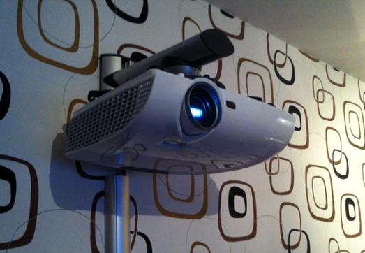 Optoma HD33 — бюджетный 3D-проектор с невероятно детальной картинкой