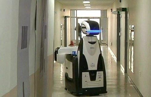 В Корее испытывают «робокопа» - роботизированного тюремного охранника