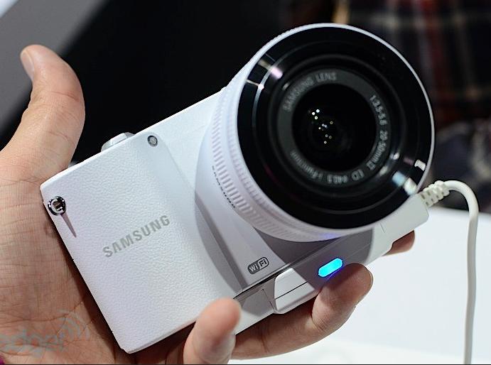 Samsung анонсировала фотокамеры NX20, NX210 и NX1000