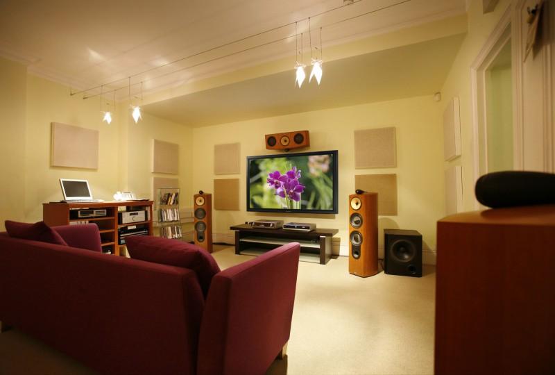 Обзор Panasonic TH-65VX300 - профессиональный телевизор