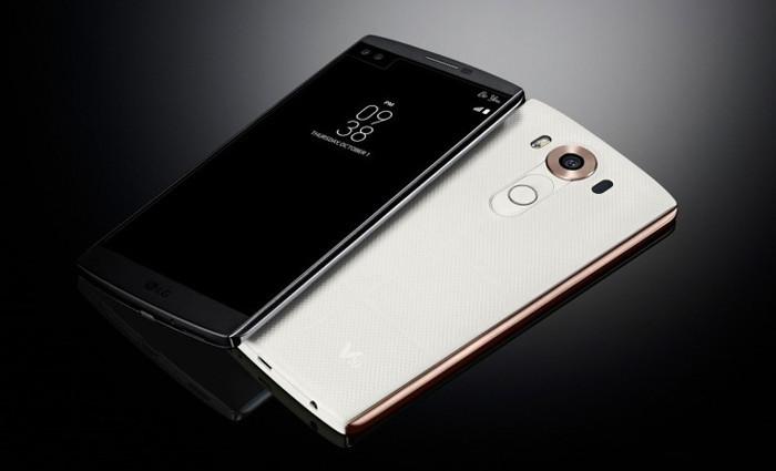 Начинаются продажи флагманского смартфона LG V10 с двумя дисплеями