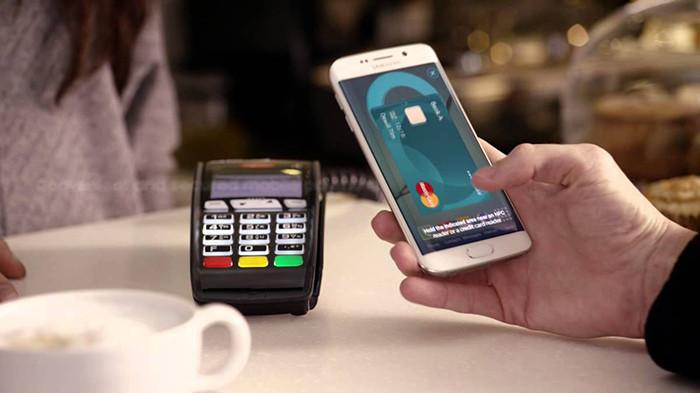 Сберегательный банк запустит Самсунг Pay с8ноября
