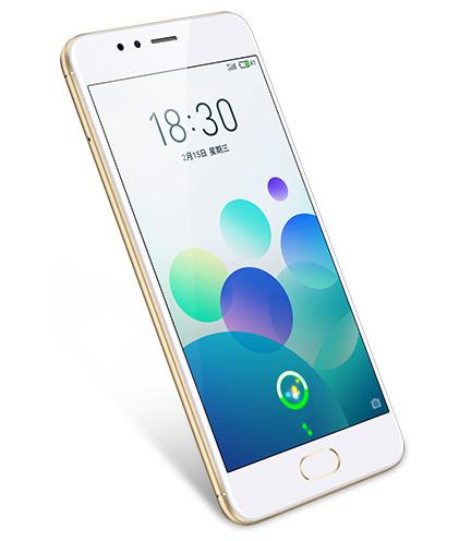 Сканер отпечатков пальцев в кнопке под экраном разблокирует смартфон за 0,2 секунды