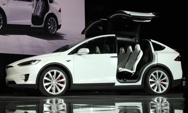 Tesla Model X сфотографировали в Воронеже