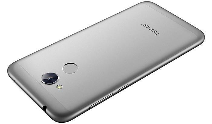 Huawei анонсировала выход телефона Honor 6A в Российской Федерации