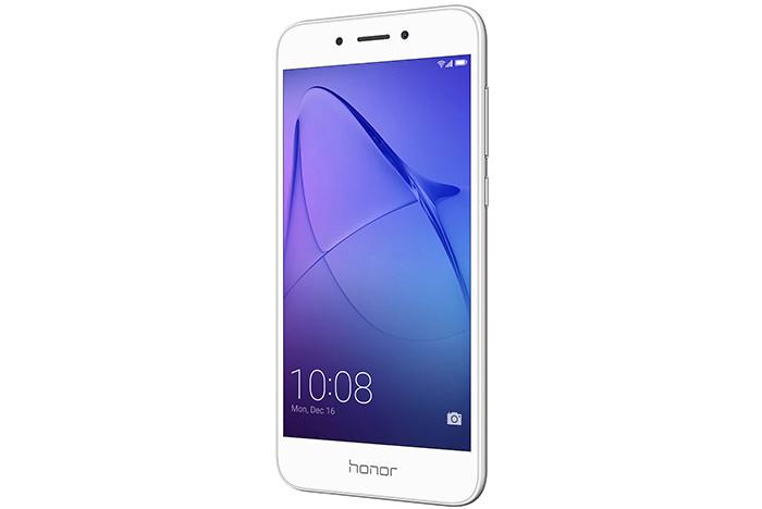 Honor 6A металлический смартфон на Android 7.0 Nougat за 8990 рублей