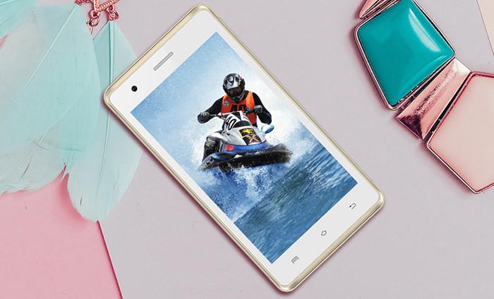 В России начались продажи бюджетных смартфонов нового бренда