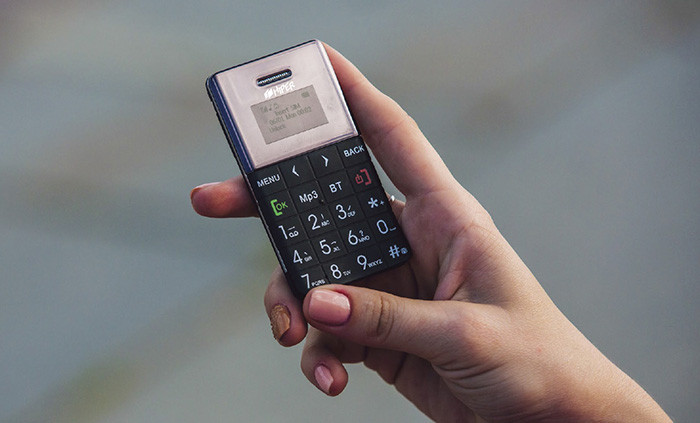 Hiper представляет микро телефоны Sphone с функцией Bluetooth