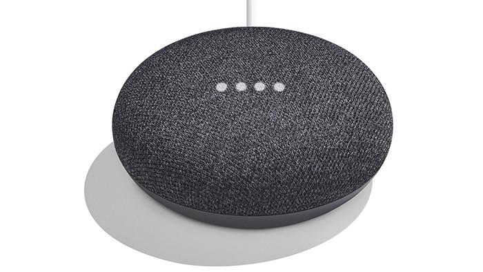 Анонсированы домашние смарт-колонки Google Home Mini и Google Home Max