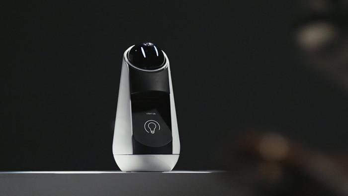 Sony Xperia Hello! эмоциональный робот для