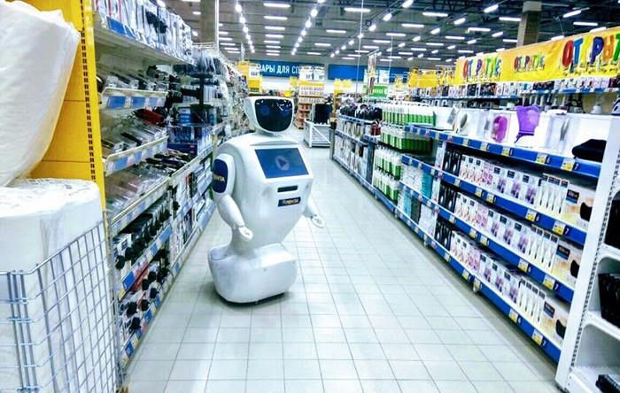 Русская сеть супермаркетов взяла наработу роботов