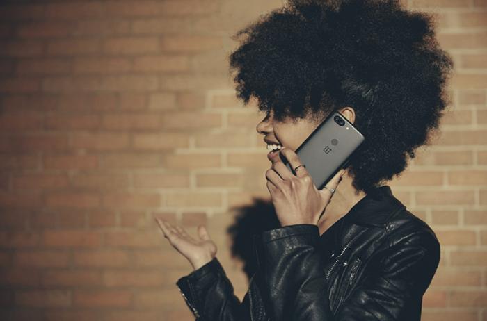 Представлен безрамочный смартфон OnePlus 5T