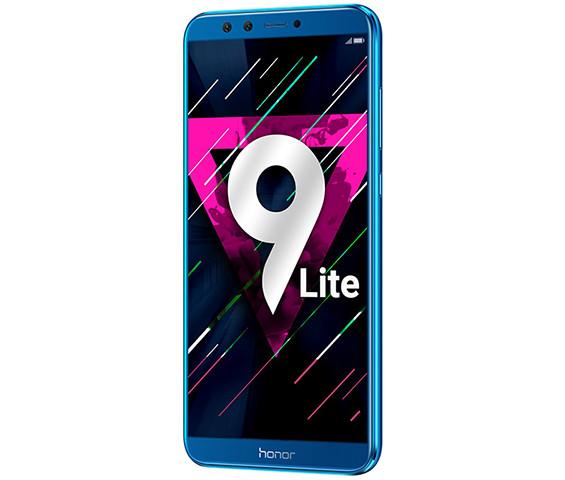 Huawei представила в России стеклянный смартфон Honor 9 Lite с четырьмя камерами. Он в полтора раза дешевле чем Honor 9