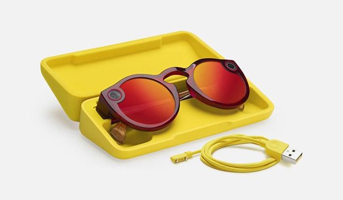 Snap выпустила вторую версию умных очков Spectacles. Цена— $150