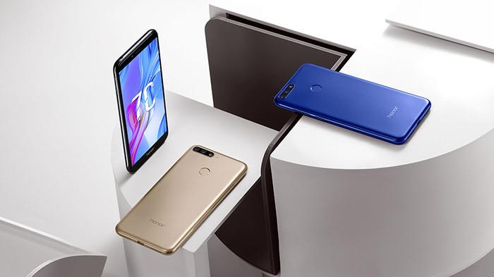 Стала известна русская цена телефона Huawei Honor 10