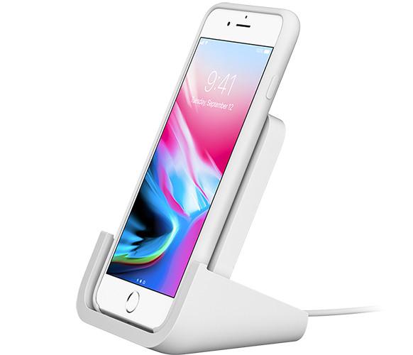 IPhone получит беспроводную зарядку отLogitech