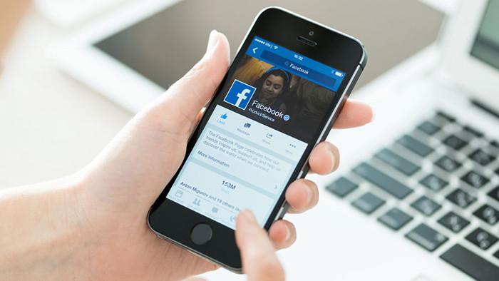 Марк Цукерберг запретил топ-менеджерам Facebook пользоваться iPhone
