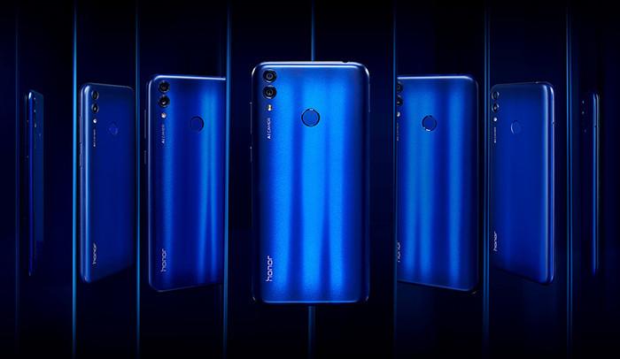 В России представили недорогой смартфон Honor 8C с батареей на 4000 мАч