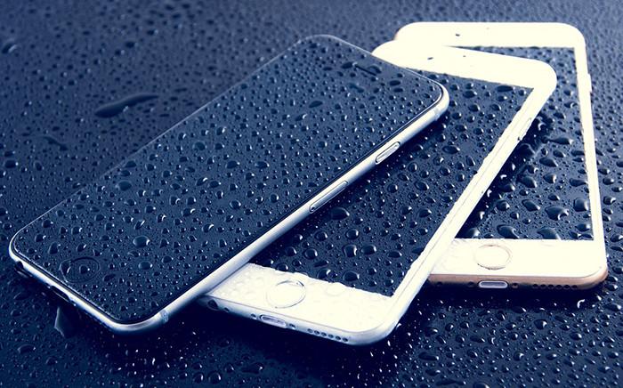 «Связной» поменяет утопленные смартфоны на новые