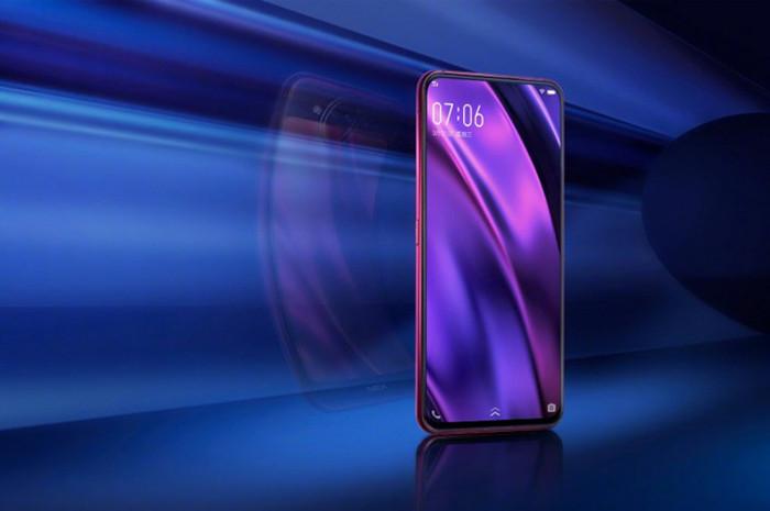 Vivo выпустила один из самых необычных смартфонов 2018 года – с двумя AMOLED-экранами и тройной камерой