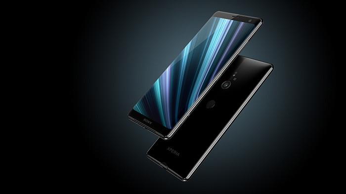 В Россию приехала новая версия смартфона Sony Xperia XZ3. Он избавился от своего главного недостатка