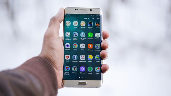 Антимонопольщики решили насытить смартфоны и ноутбуки российским софтом. Из-за этого гаджеты могут подорожать