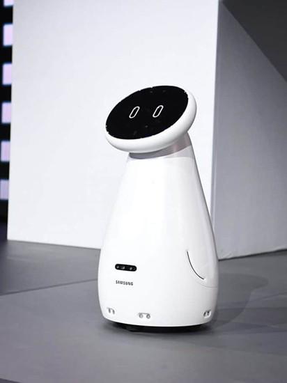 CES 2019. Samsung показала робота, способного следить за здоровьем владельца