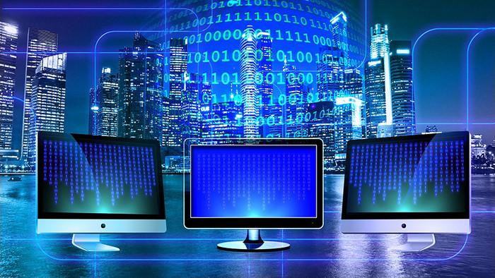 Депутаты решили сделать Рунет автономным и независимым от глобального Интернета