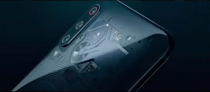 Прозрачную версию Xiaomi Mi 9 назовут в честь нового фильма Роберта Родригеса