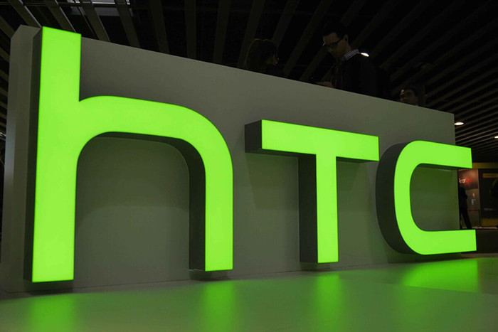 Смартфоны HTC разрешат выпускать всем желающим