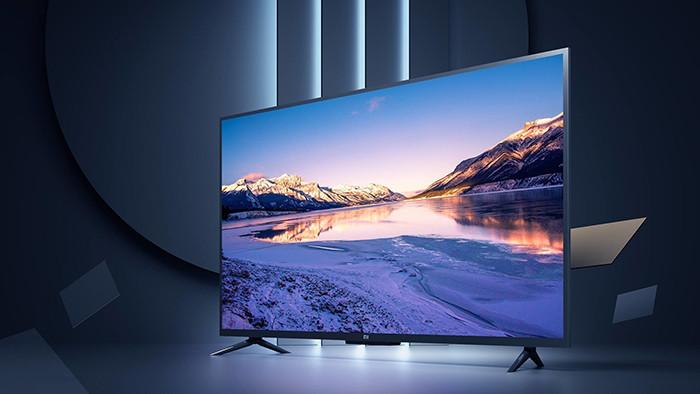 Xiaomi впервые привезла в Россию свои телевизоры. А еще – новые наушники, смартфон и Mi Band 4