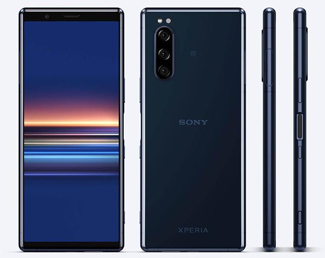 В России начались продажи самого компактного флагманского смартфона 2019 года