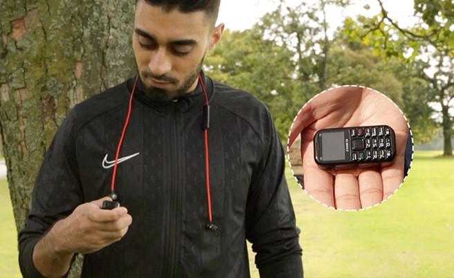 Выпущена новая и очень крутая версия самого маленького мобильного телефона в мире